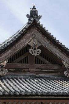 Free Japanese Temple Roof Royalty Free Stock Images - 6164839