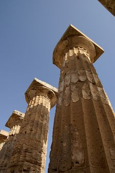 Free Columns In Selinunte, Sicily (Italy) Royalty Free Stock Image - 6164966