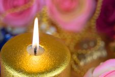 Free Gold Candle 03 Stock Photography - 6168792