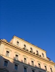 Free Attractive Old Apartment Building In Rome Royalty Free Stock Photography - 6168857