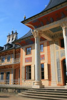 Free Castle Pillnitz Royalty Free Stock Images - 6171679