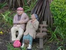 Free Two Old Tramps Garden Ornament Royalty Free Stock Image - 6171726