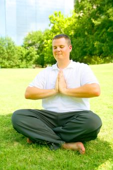 Free Young Man Meditate Outdoor Stock Images - 6172294