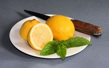 Free Cut Lemon And Mint Stock Images - 6177684