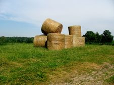 Free Bales Of Hay - Horizontal Royalty Free Stock Photos - 6180698