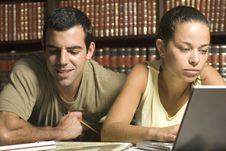 Free Young Couple Studying - Horizontal Royalty Free Stock Photos - 6180758