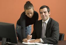 Free Business People Working Together - Horizontal Royalty Free Stock Images - 6180949