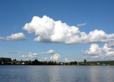 Free View Of River With Clouds In The Sky Royalty Free Stock Photography - 6185987