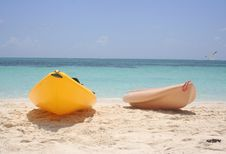 Free Kayaks On A Beach Stock Image - 6189391