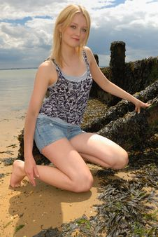 Free Cute Young Blond Lady On Beach Stock Photography - 6189422