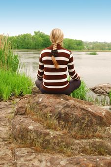Free The Girl Meditating Royalty Free Stock Photos - 6193398