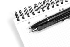 Free Black Ballpoint Pen Stock Images - 6194524