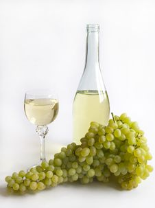 Free Grapes And White Wine Stock Images - 6197244