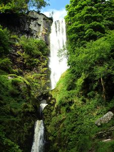Free Pistyll Rhaeadr Falls Stock Photo - 6198600