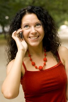Free Pretty Woman Using Mobile Phone Stock Photography - 6199312