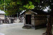 Free Cemetery At Maldives Royalty Free Stock Photos - 61934068