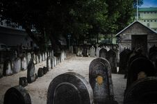 Free Cemetery At Maldives Stock Photo - 61934380