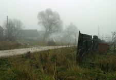 Free Foggy Village Stock Images - 620294