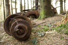Free Derelict Car In Woodland. Stock Photo - 620310