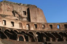 Free Colosseum By Day Royalty Free Stock Photo - 624045