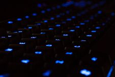 Free Blue Neon Keyboard Royalty Free Stock Images - 624379