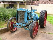 Free Old Brasilian Tractor Stock Photos - 626133