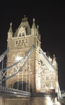 Free Tower Bridge At Night Royalty Free Stock Photo - 626215