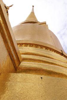 Free Golden Dome At Grand Palace Bangkok Thailand Stock Images - 626374