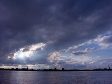 Free Clouds Over The City Royalty Free Stock Image - 629236