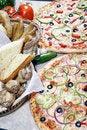 Free Vegetarian Pizza Combo Royalty Free Stock Photo - 6201145