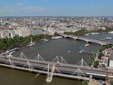 Free Modern Bridge Over River Thames Stock Images - 6200184