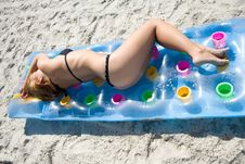 Free The Fine Girl On A Beach Royalty Free Stock Photo - 6204175