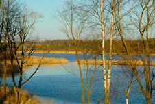 Free Lake In A Sun Day Royalty Free Stock Photos - 6204268