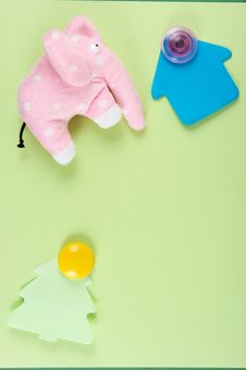 Free Stickies And Toy Royalty Free Stock Photo - 6205235