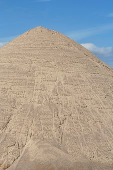 Free Mound Of Sand Royalty Free Stock Photography - 6207267