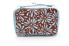 Free Wash Bag Royalty Free Stock Image - 6207546