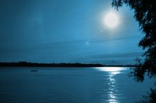 Free Bay In Moonlight Stock Image - 6211151