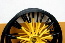 Free Yellow Wheel Royalty Free Stock Photo - 6214265