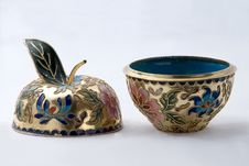 Free Cloisonne Pot Royalty Free Stock Photo - 6216385