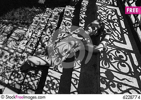Free Shady Girls Stock Images - 6228774