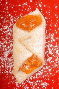 Free Apricot Kolache Royalty Free Stock Images - 6221139