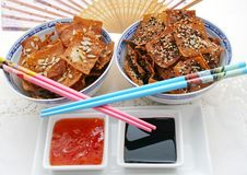 Free Wan Tan Cockies With Chillisauce Stock Images - 6221414