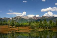 Free Mountain Reflections Royalty Free Stock Photo - 6225185