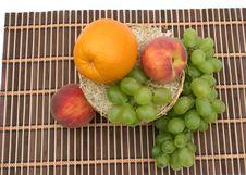 Free Orange And Grapes Royalty Free Stock Image - 6231736