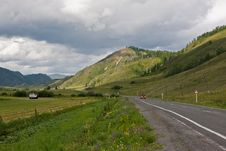 Free Road In Mountains Royalty Free Stock Images - 6233649