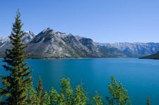 Free Lake And Mountains Stock Photos - 6236693