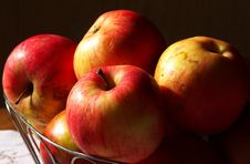 Free APPLES Royalty Free Stock Images - 6240119