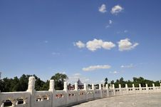 Free White Marble Barrier Of Ancient Building Stock Photo - 6244730
