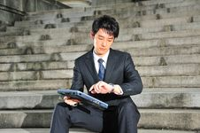 Free Young Asian Executive Waiting 1 Royalty Free Stock Images - 6244809