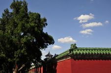Free Ancient Chinese Building And Blue Sky Stock Images - 6244914